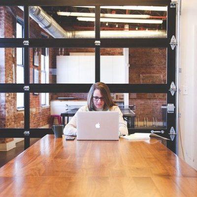 コロナ禍の今だからこそ、女性起業家にお勧めのビジネス。「起業」は、女性の方もチャレンジする方が増えています